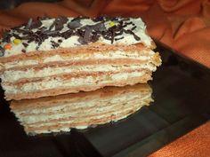 Prajitura cu foi si crema caramel Romanian Desserts, Romanian Food, Romanian Recipes, Creme Caramel, Vanilla Cake, My Recipes, Tiramisu, Goodies, Sweets