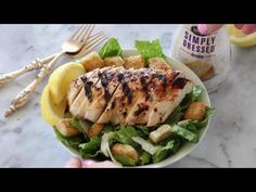 Grilled Chicken Caesar Salad for a healthy lunch or dinner! The chicken is marinaded then grilled & served over greens, homemade croutons & Caesar dressing. Chicken Pasta Salad Recipes, Grilled Chicken Caesar Salad, Best Salad Recipes, Grilled Chicken Recipes, Healthy Recipes, Caesars Salad, Side Salad, Yummy Yummy, Delish