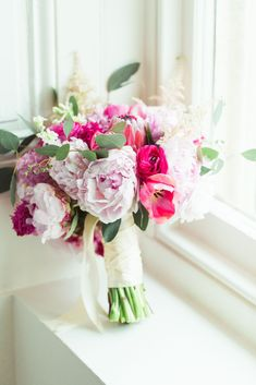 blush pink and bright pink stunning and elegant bridal bouquet that doesn't include roses!