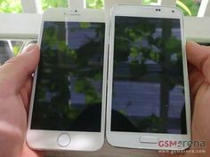 Samsung Galaxy S5 Pictured Along with Apple iPhone 6?