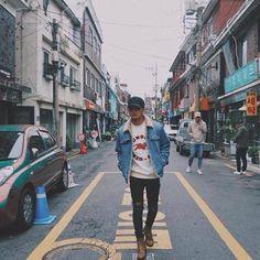 James in Korea James Reid Wallpaper, Tomboy Fashion, Mens Fashion, James Blue, Swag Boys, Casual Outfits, Men Casual, Nadine Lustre, Jadine