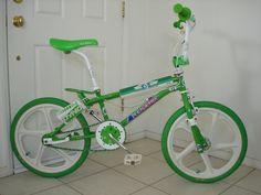 Vintage Bmx Bikes, Vintage Cycles, Old Bikes, Cycling Art, Cycling Bikes, Bmx Bandits, Gt Bmx, Bmx Cruiser, Bmx Racing