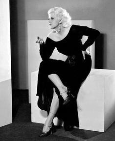 Jean Harlow Hollywood glamour