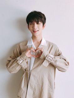 Listen to every Seventeen track @ Iomoio Woozi, Wonwoo, Jeonghan, Seungkwan, Jisoo Seventeen, Joshua Seventeen, Seventeen Debut, Vernon, K Pop