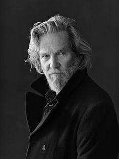 Jeff Bridges aging with panache - Picture Archive - Prominente Jeff Bridges, Foto Portrait, Portrait Photography, Old Man Portrait, The Big Lebowski, Celebrity Portraits, Male Portraits, Black And White Portraits, Poses