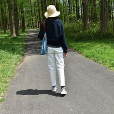 #canvas #leather #totebag by #stevemono and #foldable #summer #hat by #nickimarquardt and #socks by #ayame