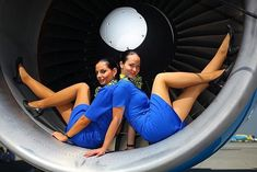 21 Slightly Racy Photos Of The Hottest Female Cabin Crew The Airlines Tried To Ban! Flight Attendant Hot, Airline Attendant, Onur Air, Skirts With Boots, Cabin Crew, Sexy Stockings, Girl Humor, Virgin Atlantic, Sexy Legs