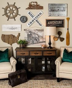 Never stop exploring! Put your wanderlust on display with trendy, travel-inspired decor! Vintage Travel Decor, Travel Room Decor, Teen Room Decor, Room Wall Decor, Living Room Decor, Vintage Travel Bedroom, Modern Industrial Decor, Bedroom Themes, Bedrooms