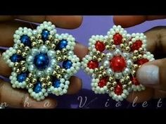 FLORZINHA DE PÉROLAS VIOLETA - YouTube Jewelry Making Tutorials, Beading Tutorials, Beaded Jewelry Patterns, Beading Patterns, Beaded Brooch, Beaded Earrings, Bead Crafts, Jewelry Crafts, Kakis