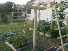 The strength of this design is amazing. My honey is wanting a grape trellis, I will probably use a similar design.