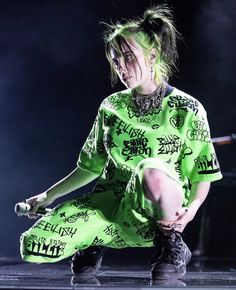 Green suits her very well and pretty much any color – Billie Eilish – Avacado Celebs, Celebrities, My Idol, My Love, Pretty, Photos, Photographs, Pictures, Billie Eilish Merch