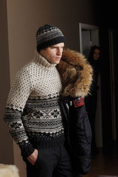 Cosy Fair Isle for men in SMC design S8659.  Sweater and Hat knitted in Extra Merino Big: http://www.mcadirect.com/shop/smc-schachenmayr-extra-merino-big-p-5967.html