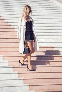 Boybag, YSL pumps. Josie.chic.se Ysl, Feminism, Leather Skirt, Wrap Dress, Pumps, Chic, Skirts, Dresses, Fashion