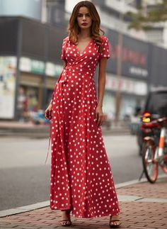 Polka Dot Ruffles Short Sleeve Maxi A-line Dress - Red S Spring Dresses, Day Dresses, Short Sleeve Dresses, Flowy Summer Dresses, Christmas Swing Dress, Ruffle Shorts, Latest Fashion For Women, Fashion Online, Women's Fashion