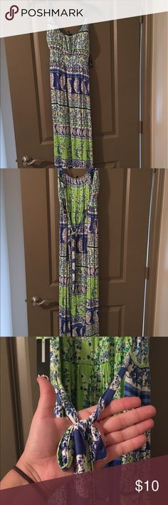 💥 NWT 💥Bright Colored Maxi Dress! NWT Bright colored Maxi Dress! Spaghetti strapped and ties in the back! Stretchy nylon material. Petite XL :) Dresses Maxi