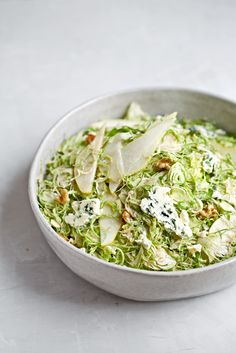 Classic holiday flavors with a healthy twist, these three recipes will brighten your day and lighten your plate! Bussels Sprouts Salad Delicious brussels sprouts are finally getting their 15 Healthy Holiday Recipes, Healthy Eating Recipes, Raw Food Recipes, Thanksgiving Recipes, Veggie Recipes, Salad Recipes, Vegetarian Recipes, Healthy Eats, Healthy Foods