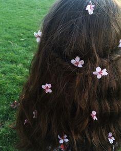 Flowers  | ♡ Pinterest ~ @strawberrymurlk ♡