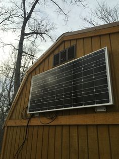 tiny house rynogy 100 watt solar panel mounted directley to the tiny house / tiny cabin. cabin in the woods. 100 Watt Solar Panel, Tiny House Living, Off The Grid, Cabins In The Woods, Country Living, Solar Power, Homesteading, Skyscraper, Multi Story Building