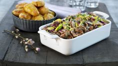 Reinsdyrskav med ostesaus og ovnsbakte poteter - MatPrat