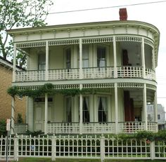 """Savannah's Historic """"Steamboat House"""".. this famous house was restored while I was a student at SCAD in the late 90's..  I actually looked at buying it before it was restored... Fantastic house...."""