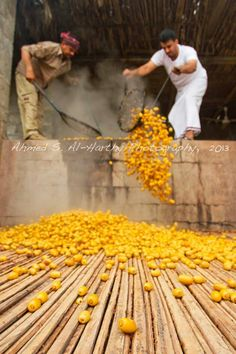Cooking the Dates - Oman