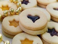 Linecké cesto – výborné Christmas Candy, Christmas Baking, Christmas Cookies, Czech Recipes, Russian Recipes, Eastern European Recipes, Cookie Designs, No Bake Cookies, Sweet Desserts