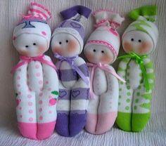 Muñeca hecha con calcetines