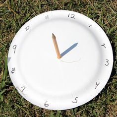 Teach the kids about telling time with this fun Paper Plate Sundial craft!