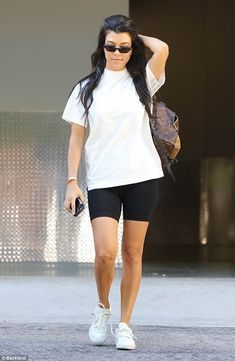 Kourtney Kardashian is spotted in a pair of black bike shorts in LA - For art's sake… The reality star was seen returning to her car after dropping her eldest son, Mason, seven, off at an art class Source by lunalaly - Summer Shorts Outfits, Sporty Outfits, Cute Outfits, Fashion Outfits, Biker Outfits, Kourtney Kardashian, Kardashian Style, Black Biker Shorts, Black Shorts Outfit