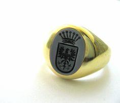 Siegelring für den Herren aus Gold mit Lagenachat.