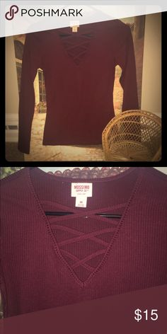 Maroon top NWOT, perfect condition! 🌺 Mossimo Supply Co Tops Tees - Long Sleeve