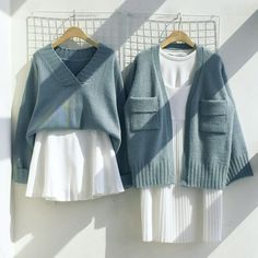 Korean Fashion Trends you can Steal – Designer Fashion Tips Korean Fashion Trends, Korea Fashion, Asian Fashion, Look Fashion, Girl Fashion, Fashion Outfits, Womens Fashion, Fashion Design, Color Combinations For Clothes