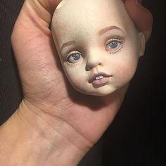 Осваивала новую технику росписи- а получилось - то, что получилось #doll #dollclothes #lairydolls #dolleyes #роспись #живопись #рисование #куклы #кукла