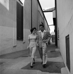 Unpublished. Elizabeth Taylor and Montgomery Clift, 1950. (apparently these 2 were true friends.)