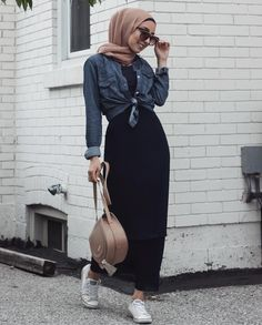 black maxi dress-Casual hijab summer looks – Just Trendy Girls – Hijab Fashion 2020 Hijab Casual, Black Casual Outfits, Black Summer Outfits, Modest Outfits, Dress Casual, Outfit Summer, Maxi Outfits, Ootd Hijab, Hijab Chic