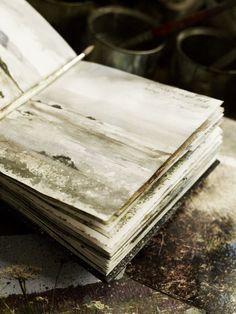 Absolutely inspiring sketchbook of Amanda Hoskin, remarkable landscape artist. photos by Andrew Montgomery Moleskine, Artist Journal, Artist Sketchbook, Travel Sketchbook, Sketch Journal, Art And Illustration, Art Sketches, Art Drawings, Country Living Magazine