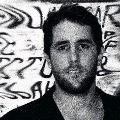 Rodrigo Frota (Fortaleza CE 1984), fotógrafo e artista visual. Bacharel em publicidade e propaganda.