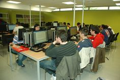 Sala de grupos, equipos de uso público