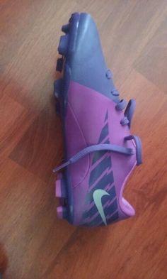 buy online ba9fa 45975 Zapatillas de Fútbol niño -Precio   27.990 -Marca  Nike -Modelo  Mercurial