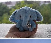 DIY Stuffed Animal. I haven't clicked this but this is so cute that I'm pinning it to look at later.
