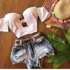 Para tudo neste cropd e este shorts !!!!! . . . Cropd tamanho único Shorts jeans 36 38 40 42 44 Bom dia meninas vocês me pediram shorts então eles chegaram !!!! . . . . . . . . . Hoje é dia de novidades Baby ❤️❤️❤️❤️❤️! • Para maiores informações nos chame no nosso WhatsApp (11) 989682919 . . .  Enviamos p/ todo o Brasil.  Via Motoboy ou Correios. . . . #moda #modafeminina #modafashion #fashion #amamos #modaatual #vempramoda #vemverão #vem #moda #moda2018 #amamos #fashion #fa...