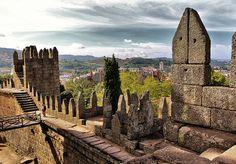 Castelo de Guimaraes - Fique a conhecer as tradições populares de Trás-os-Montes-e-Alto-Douro em: www.asenhoradomonte.com