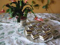 Kókuszos szelet recept - Szerintem az egyik legfinomabb sütemény - Finom ételek, olcsó receptek Breakfast, Food, Coconut, Cakes, Morning Coffee, Meal, Essen, Hoods, Meals