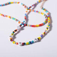 Beaded Choker Necklace, Love Necklace, Necklace Types, Beaded Jewelry, Beaded Bracelets, Bracelet Crafts, Pendant Necklace, Choker Strass, Pulseras Kandi
