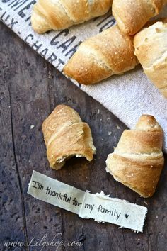 Message Stuffed Thanksgiving Rolls -such a fun idea!