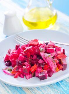 Osvěžující salát z červené řepy Real Food Recipes, Healthy Recipes, Healthy Food, Russian Recipes, Food And Drink, Menu, Ethnic Recipes, Diet, Beetroot