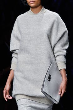MaxMara at Milan Fashion Week Fall 2015 - StyleBistro