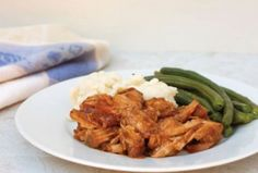 slow cooker pork chops - Just 6 Weight Watcher smart points per serving! Meal Planning Mommies