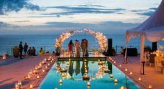 Romantic wedding decoration in Uluwatu. @happybaliwedding