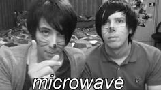 What does the microwave say? MICROWAVE! Had to be done guysies